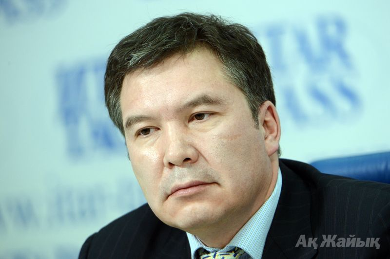 The other expert, a Kazakh politician in exile Serikzhan Mambetalin (on photo) told that his foreign friends (he now lives in London) were shocked when they ... - mambetalin
