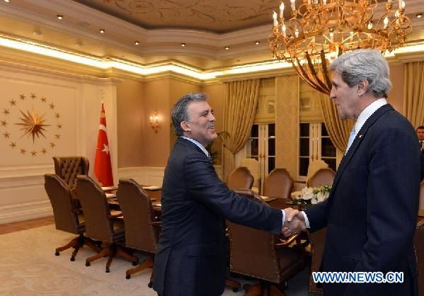 Turkish President Abdullah Gul (L) meeting with visiting U.S. Secretary of State John Kerry in Ankara,