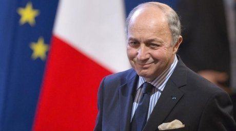 Foreign Minister of France Laurent Fabius participated at €90 contract signing ceremony in Astana. Photo:Reuters