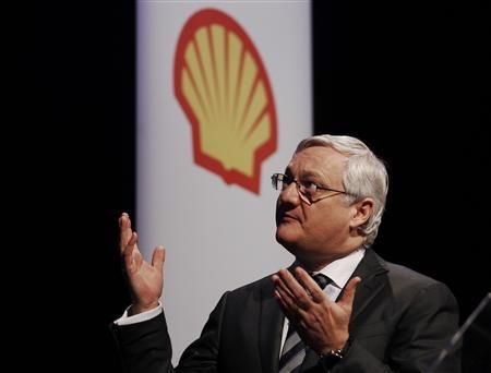 Oil giant Royal Dutch Shell's CEO Peter Voser speaks at the 4th quarter and full year results presentation in London in this February 2, 2012 file photo. Credit: Reuters