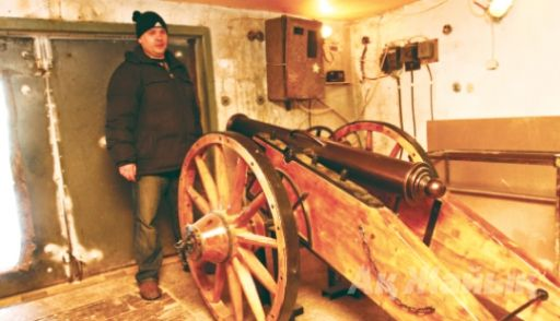 Rustam Bissengaliyev from Aktobe made a medieval cannon