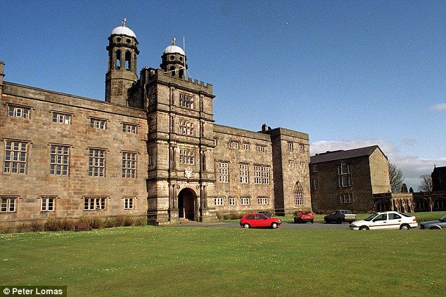 Stonyhurst College, founded in 1593 in France, is a Catholic school that accepts pupils from other Christian traditions. Many who board at the school, which has more than 300 boys and 130 girls, come from overseas.
