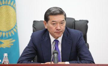 PM Serik Akhmetov