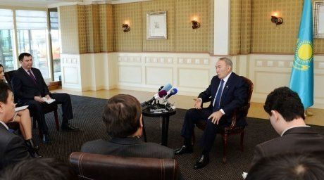 Nursultan Nazarbayev at the briefing in the Hague. Photo courtesy of akorda.kz