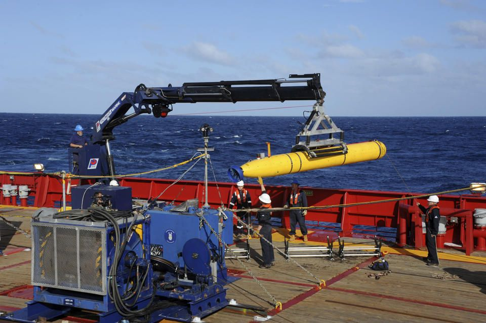 Sub to be used in search for Malaysia Airlines Flight 370 jet