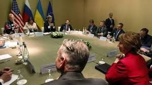 """All sides have agreed to steps to """"de-escalate"""" the crisis in Ukraine (Source:BBC)."""