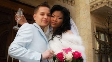 Chris Chernyshova and Karolina.
