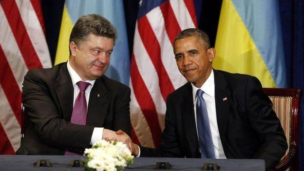 Ukraine President-elect Petro Poroshenko and US President Barack Obama in Warsaw, 4 June 2014.  Earlier Mr Obama met Mr Poroshenko, and called him a
