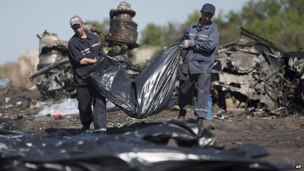 Ukrainian officials say 272 bodies have now been found at the crash site