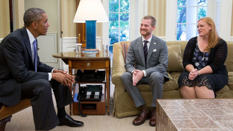 President Barack Obama meets with Dr. Kent Brantly and his wife, Amber, during an Oval Office drop by on Sept. 16, 2014.