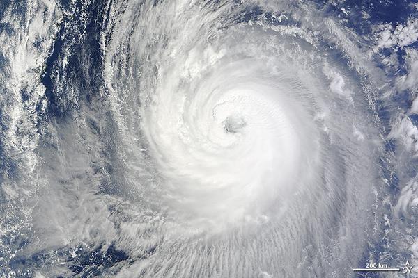 Super Typhoon Phanfone http://1.usa.gov/1BF798X  #NASA