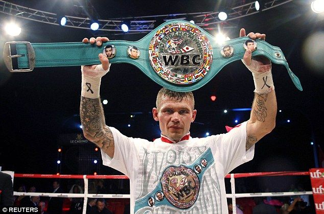 Martin Murray secured a world title shot after a messy victory over Domenico Spada on Saturday night  Read more: http://www.dailymail.co.uk/sport/boxing/article-2809016/Martin-Murray-says-fighter-world-beat-Kazakh-world-champion-Gennady-Golovkin.html#ixzz3HJkqnmSj  Follow us: @MailOnline on Twitter | DailyMail on Facebook