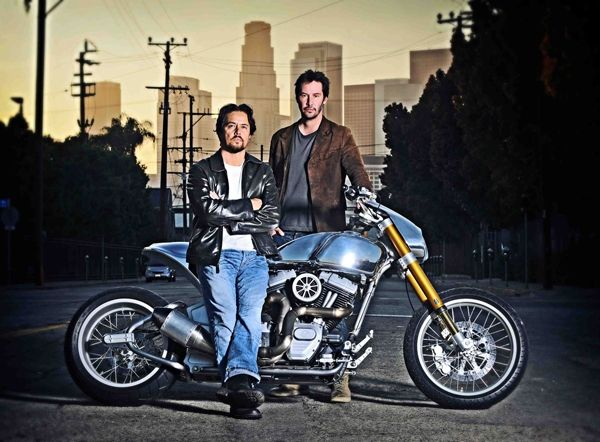 he Arch Motorcycle Company's KRGT-1 is the result of a collaboration between actor Keanu Reeves and bike builder Gard Hollinger.  Read more: http://www.designntrend.com/articles/19985/20140923/keanu-reeves-arch-motorcyle-company-krgt-1.htm#ixzz3HcnZxwTH