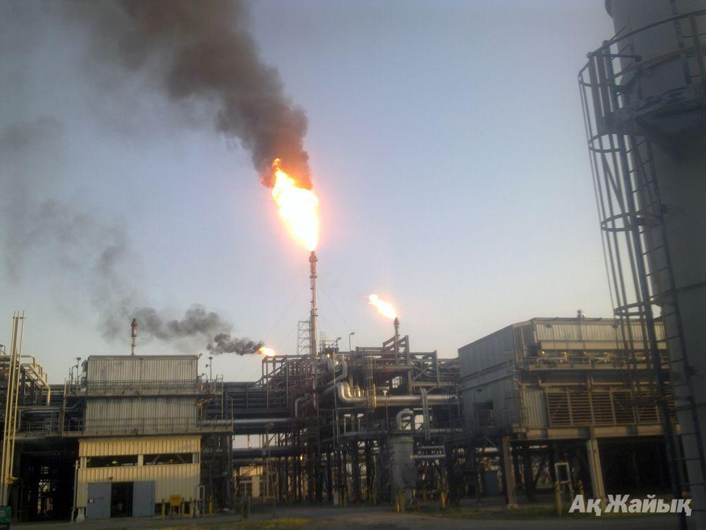 Flares at Tengiz. Photo from