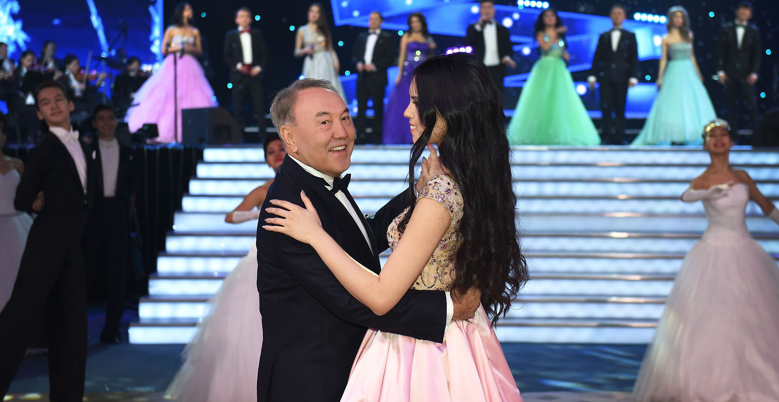 President of Kazakhstan Nursultan Nazarbayev attended the New Year s Eve  Ball held at the Duman Entertainment Center on December 29, the press  service of ... e8d281b3f7b