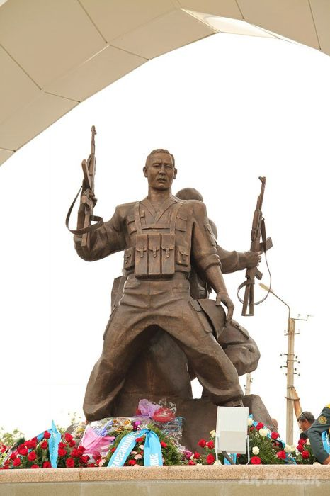 Monument to Afghan War Soldiers unveiled in Atyrau