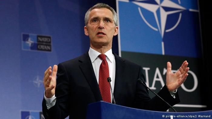 NATO accuses Moscow of dangerous 'sabre-rattling'
