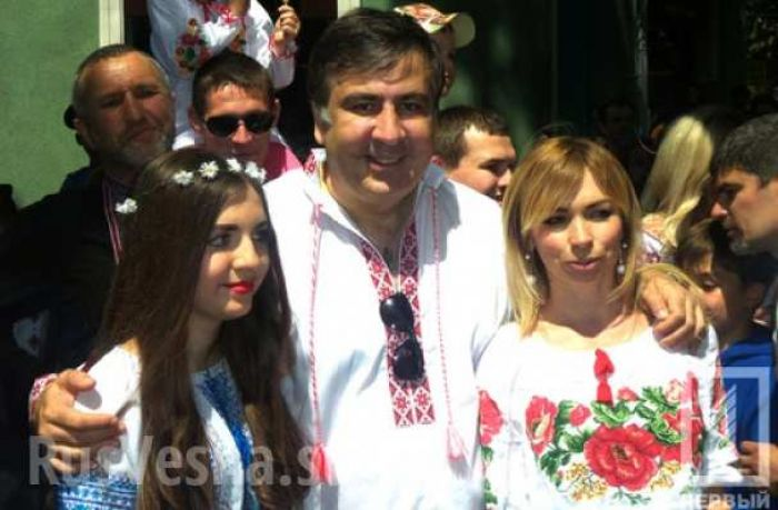 Saakashvili Hits Ground Running In Odesa (+video)