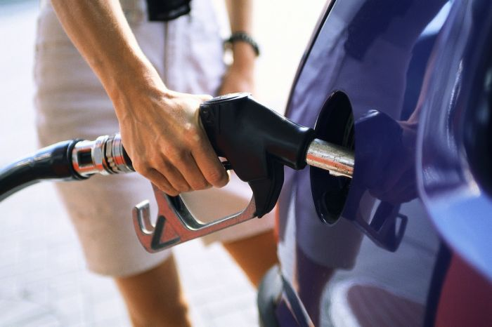 Expert proposed to improve petrol quality in Kazakhstan through introduction of differentiated tax