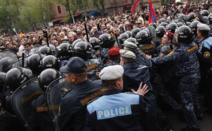 Protesters detained in Armenia's Gyumri
