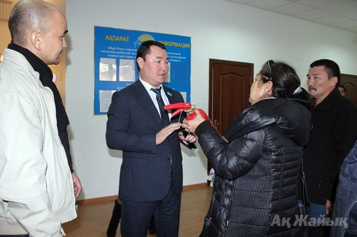 "​""Nur Otan"" party has got fire extinguishers to prevent cases of self-immolation"