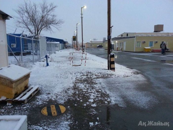 ​First snow in Tengiz, but it is still early for cold weather