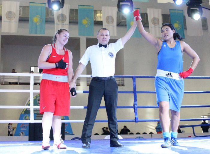 Kazakhstan female boxers won 21 medals at the intl tournament in Atyrau