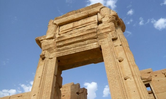 Palmyra arch that survived Isis to be replicated in London and New York