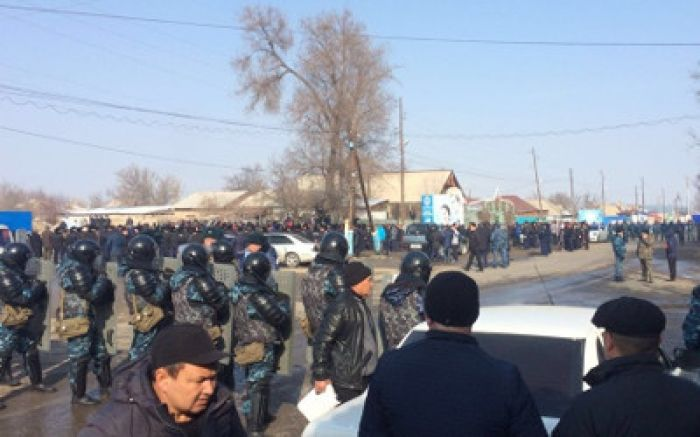 Murder of 5yo boy triggers ethnic tensions in Kazakh village; Interior Minister says 'situation normalized' (VIDEO)