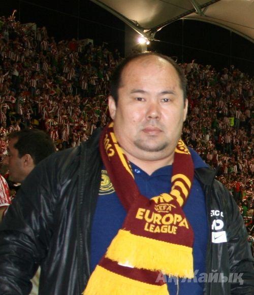 Эдуард Ғаббасұлы Хисметуллин, 44 жаста, 2005 жылдан бері облыстық футбол федерациясының вице-президенті.