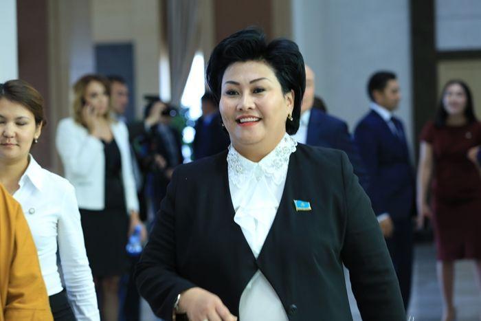 Конституция: Атыраудан сайланған депутат ҚР-дағы тұлғаның рөлі туралы