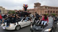 Арменияда оппозиция премьер-министр отставкасын талап етті
