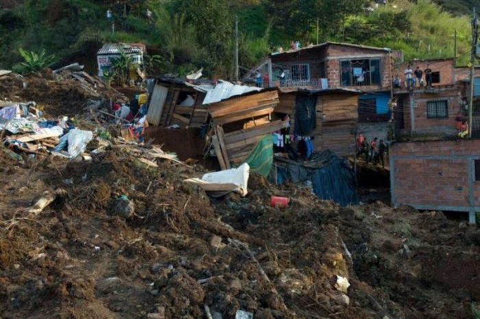 Шри-Ланкада нөсер жауын 5 адамның өмірін қиды