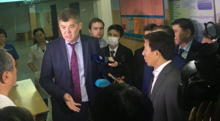 Біртанов түнде Алматыдағы жұқпалы аурулар ауруханасына барды