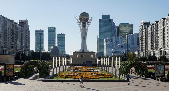 Назарбаев: тарихта алғаш рет қазақтар астана үшін орын таңдай алды