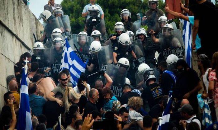 Македонияның атауына қатысты шешім ақыры наразылық шараларына ұласты