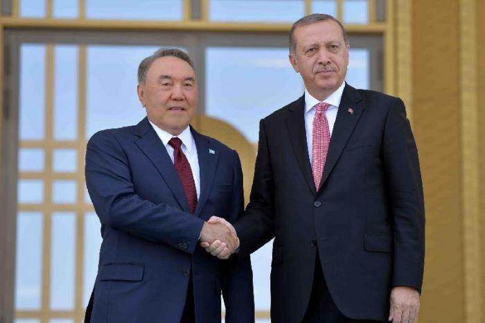 Елбасы Реджеп Тайып Ердоғанды сайлаудағы жеңісімен құттықтады
