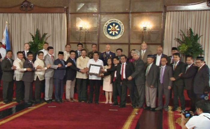 Филиппинде мұсылмандар тұратын аймақ автономия болып құрылды