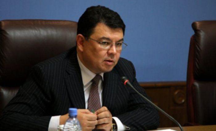 Министр Атырау тұрғынына жауап берді