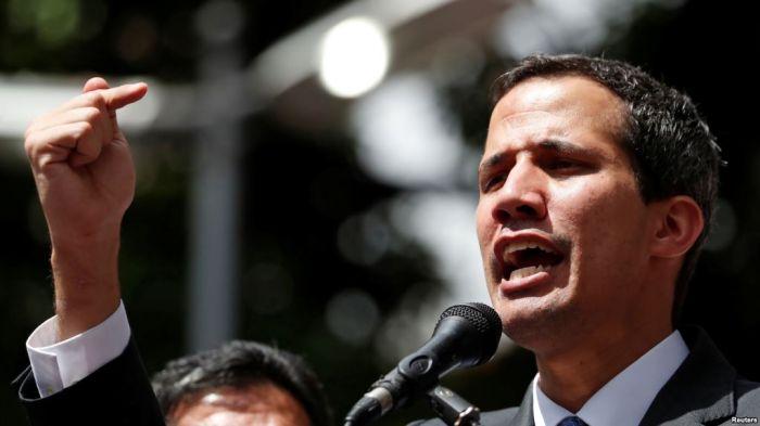 Венесуэла президентінің қарсыласы Гуайдо жемқорлық күдігіне ілінді