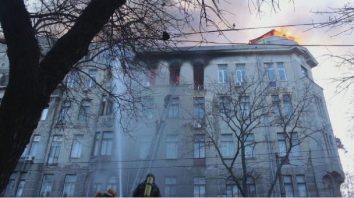 Одессада колледж өртеніп, 43 жастағы әйел көз жұмды