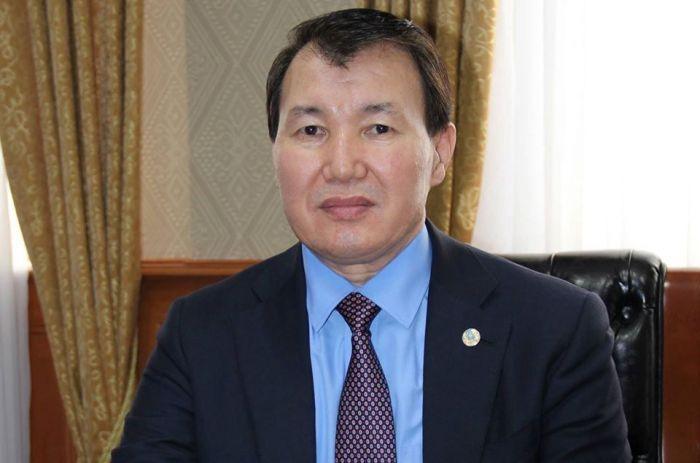 Алик Шпекбаев қандай жағдайда басшының отставкаға кетпейтінін түсіндірді