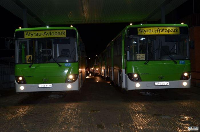 Атырауда автобус иелері де қиналуда