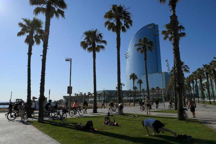 Испания шілдеден бастап туристерді қабылдауға әзір