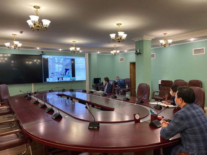 Министр Атыраудың инфекциялық стационарын онлайн түрде аралады