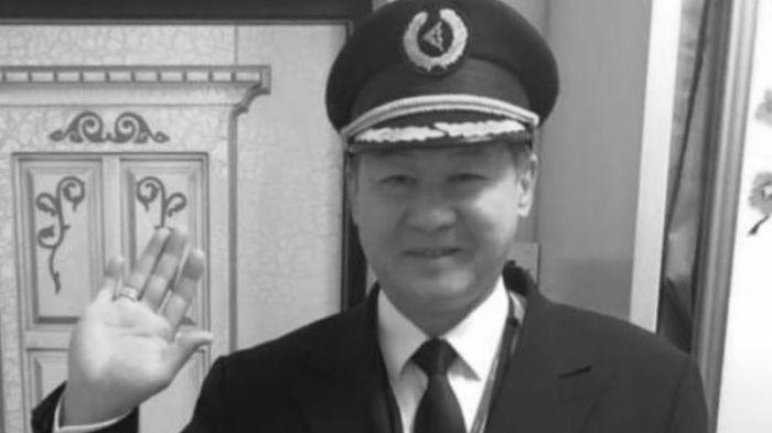 Жерлесіміз, ұшқыш Қанат Сиденғалиев пневмониядан қайтыс болды