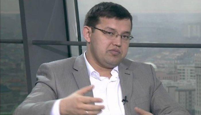 Олжас Құдайбергенов Президенттің штаттан тыс кеңесшісі қызметінен босатылды