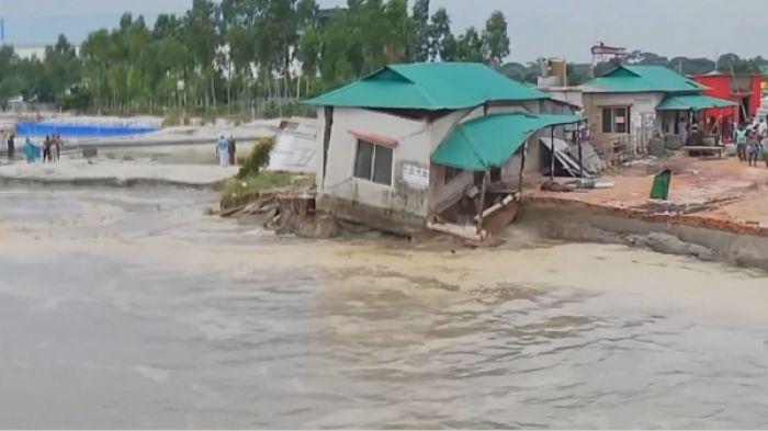 Бангладешті топан су басты
