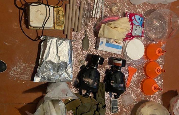 Жасырын есірткі зертханасын ашқан үш қазақстандық пен бір шетелдік ұсталды