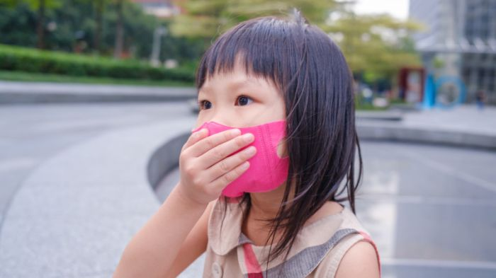 Коронавирустың екінші толқыны балаларға қалай әсер етеді? Цой жауап берді